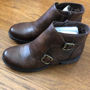 NEW Women's Naturalizer Brown Size 6.5 Booties